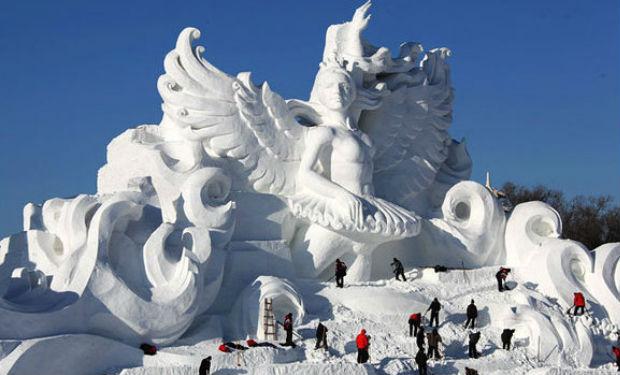 Esculturas de nieve gigantes en China