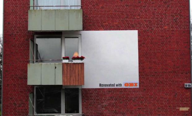 Vallas publicitarias en edificios abandonados