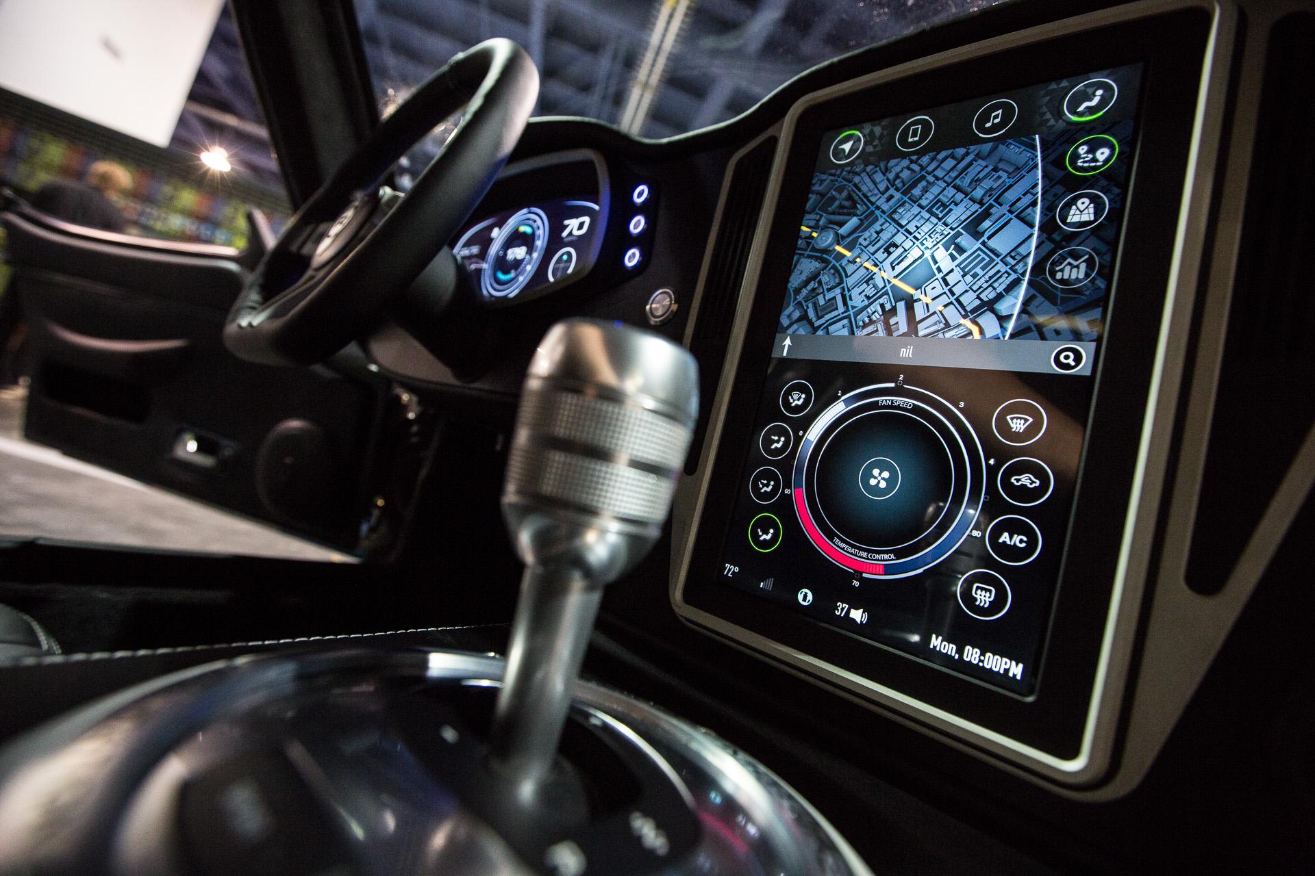 Las automotrices dejan de desarrollar sistemas de navegación propio y se unen a los grandes