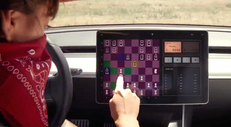 Tesla comienza a lanzar Chess a la aplicación de juegos en el auto 'Tesla Arcade'