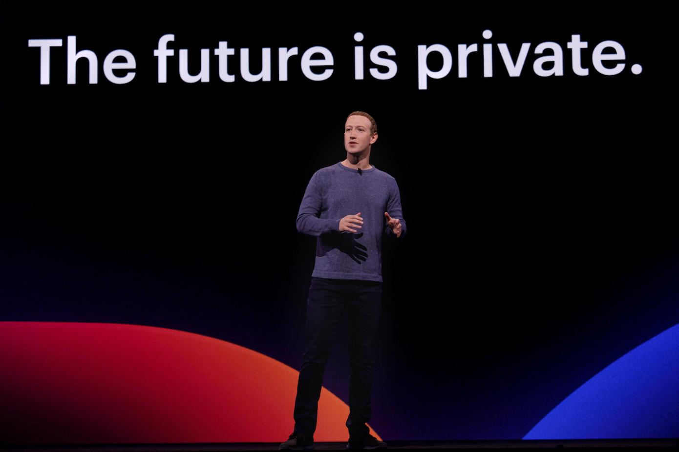 """""""Privado"""" y """"Oculto"""" significan cosas diferentes para Facebook"""