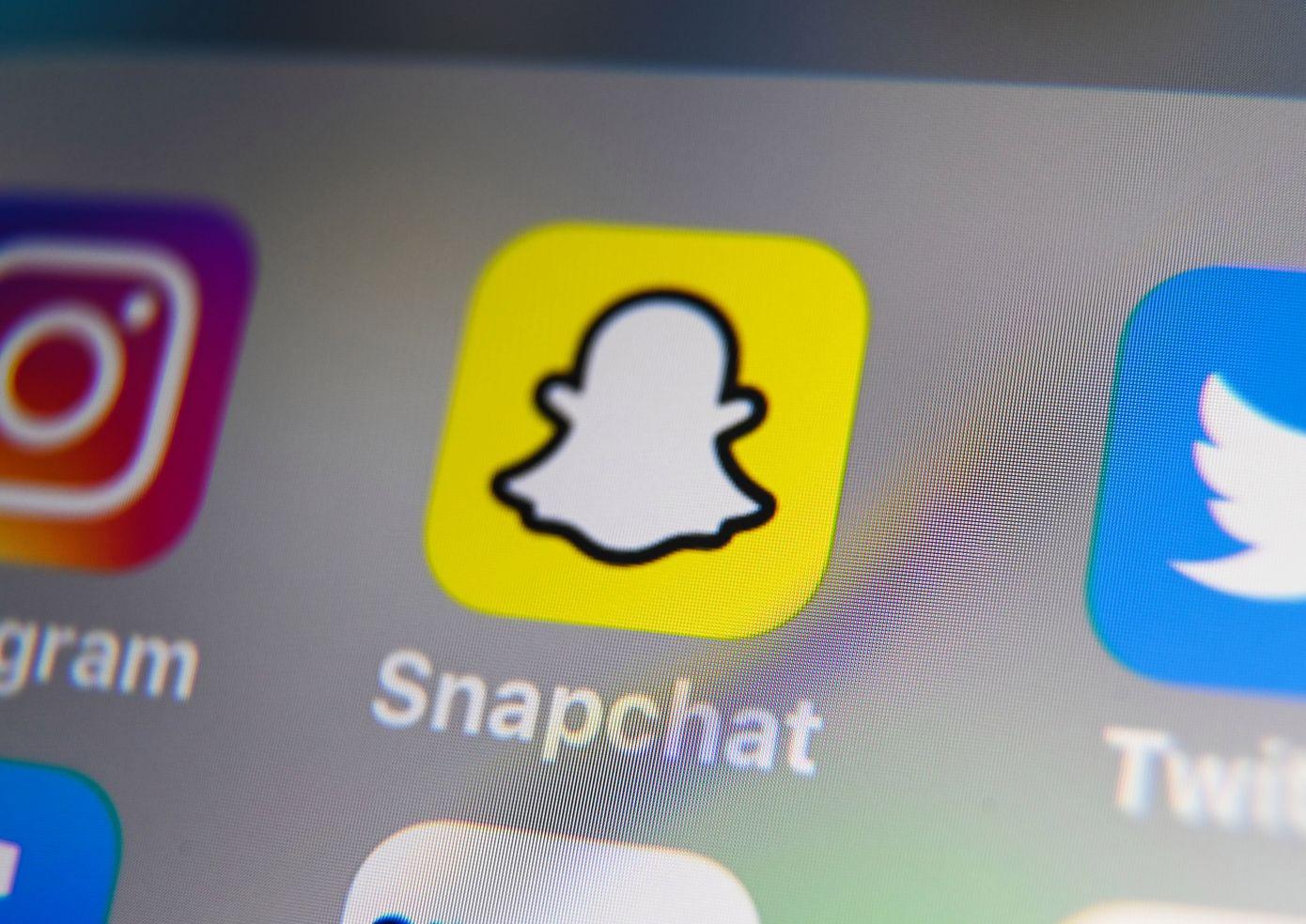Snapchat prueba la navegación al estilo TikTok para explorar contenido público