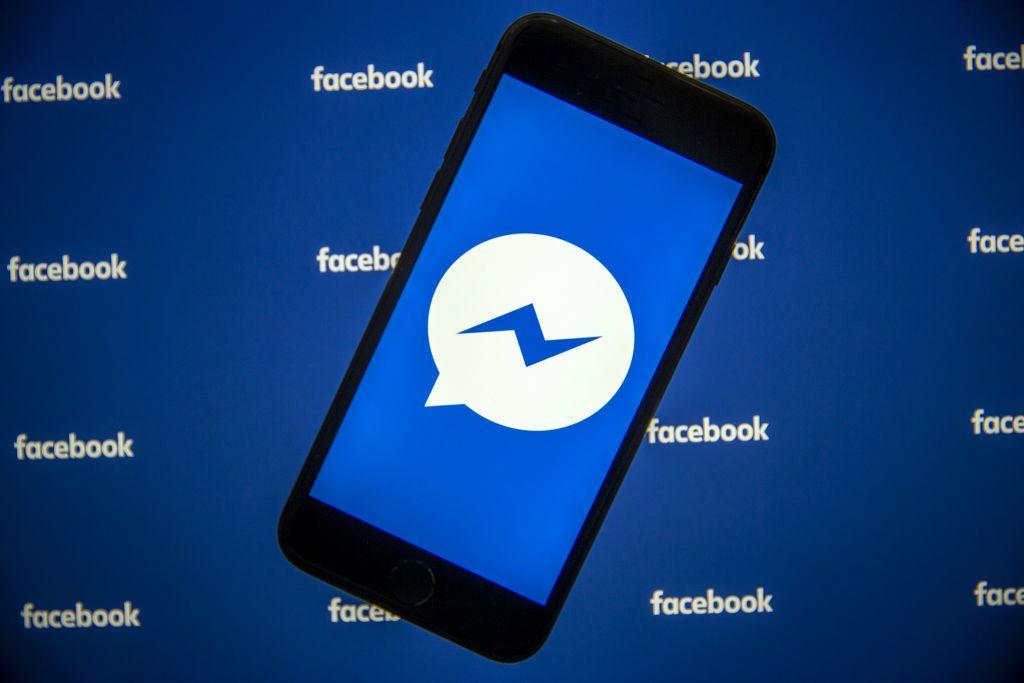 """Facebook prueba una función de """"hilos"""" similar a Twitter en las páginas de algunas figuras públicas"""