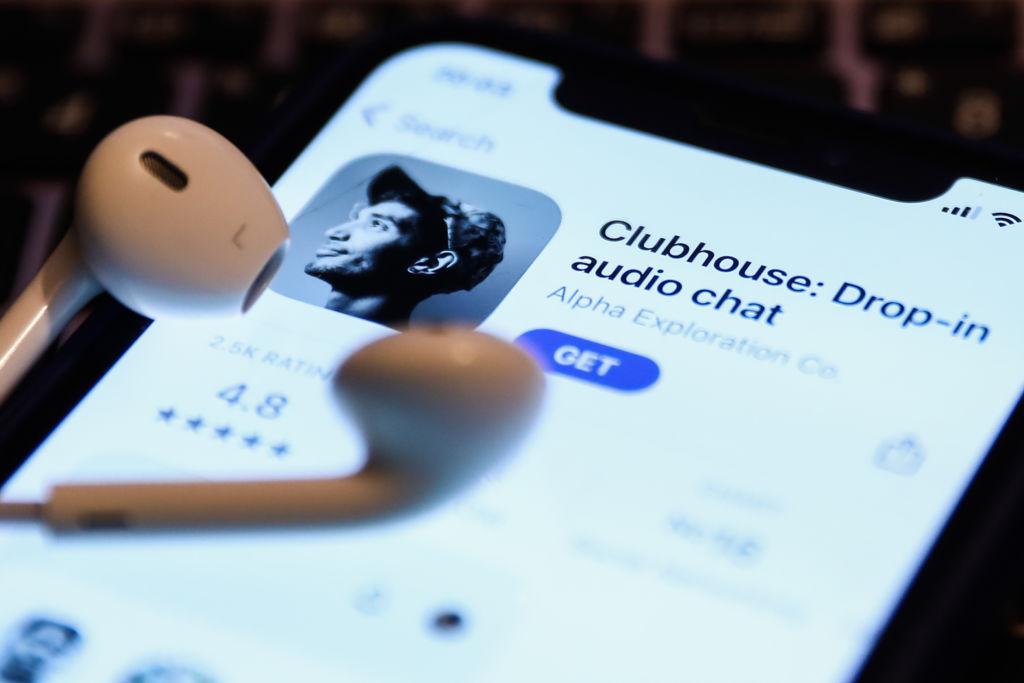 Clubhouse agrega clips, repeticiones para escucha asincrónica, mejor búsqueda y Spatial Audio para Android